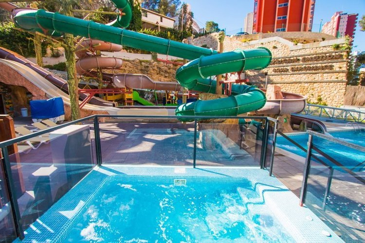 Toboganes Magic Aqua Experience™ Hotel Magic Rock Gardens Benidorm