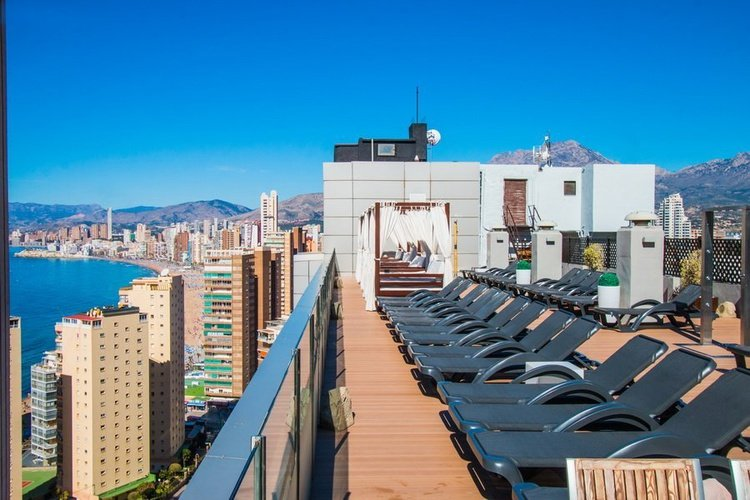 Terraza Hotel Magic Rock Gardens Benidorm