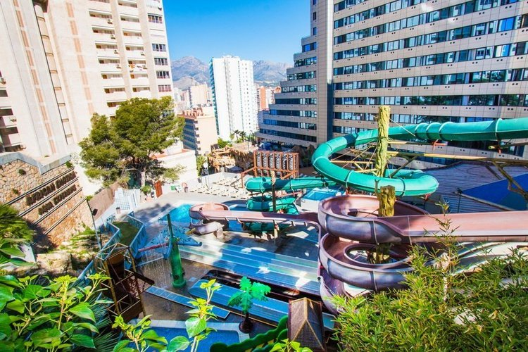 Piscina Hotel Magic Rock Gardens Benidorm